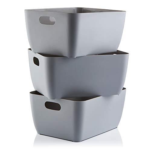 Aufbewahrungsboxen. Graue rechteckige Box Set mit 3 Kunststoffkörben...