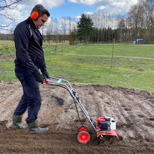 Benzin Gartenhacke (NEU) Effektive Bodenbearbeitung mit 25 cm...