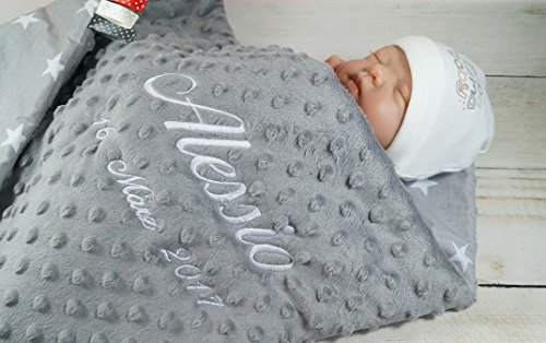 Babydecke mit Namen und Datum bestickt MINKY Baumwolle Füllung (75 x...