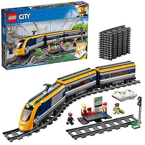 LEGO 60197 City Personenzug mit batteriebetriebenem Motor,...